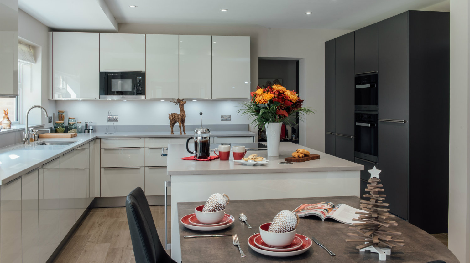 Christmas Open Plan Kitchen Surrey