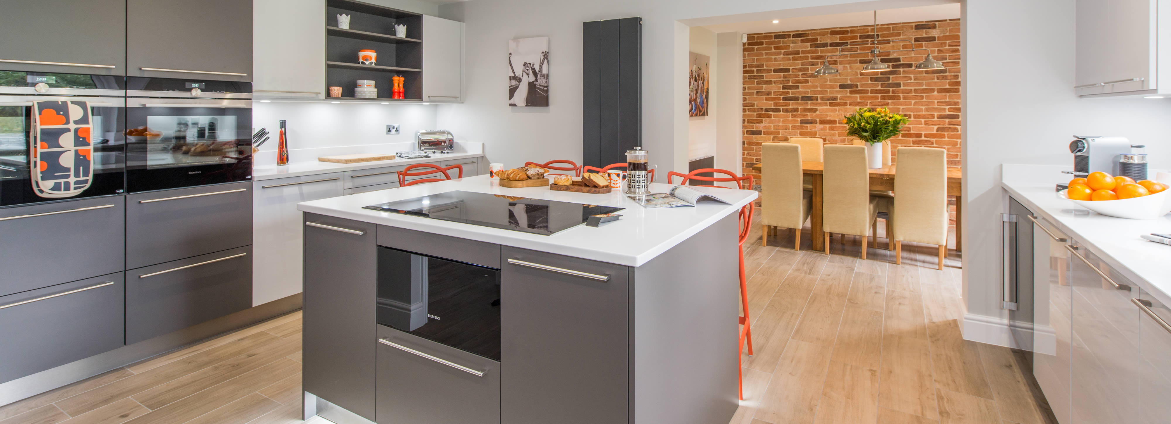 Phenomenal Contemporary Kitchen Design And Installation Surrey Home Interior And Landscaping Mentranervesignezvosmurscom